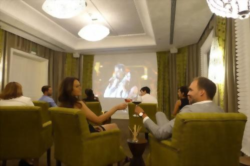 Our Teatro Aria meeting room is perfectly suitable for movie or concert viewings as well.