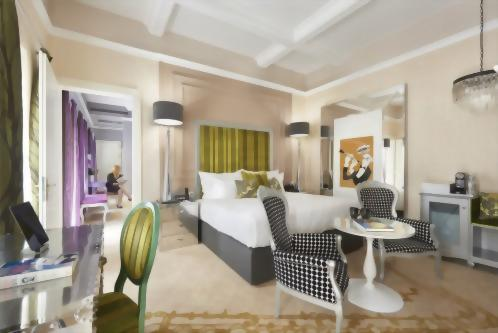 The Luxury Room in the Jazz Wing can connect with an Aria Signature in the Opera Wing, creating a two bedroom, two bathroom 'Family Duet'.