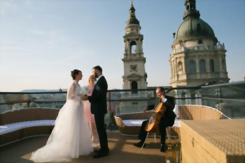 "Make your life's most beautiful moment unforgettable and say ""I do"" while overlooking the city."