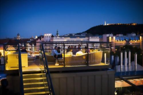 High Note SkyBar is the perfect place to relax with friends each evening with all the beauty of Budapest surrounding you.