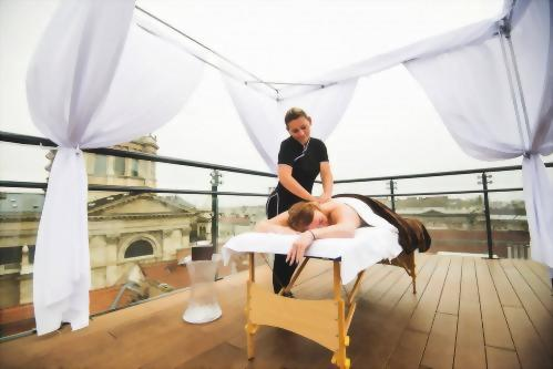 What can be better than a rooftop massage treatment?